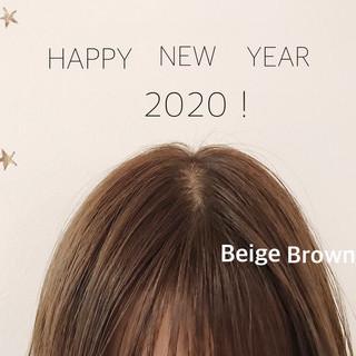 ナチュラル ミディアム ブラウンベージュ ゆるナチュラル ヘアスタイルや髪型の写真・画像