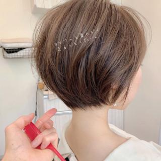 ベリーショート アンニュイほつれヘア ゆるふわ ショートヘア ヘアスタイルや髪型の写真・画像