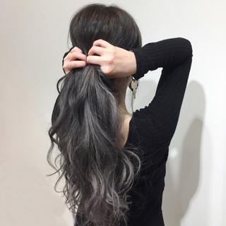 グレー 外国人風カラー 透明感 エレガント ヘアスタイルや髪型の写真・画像
