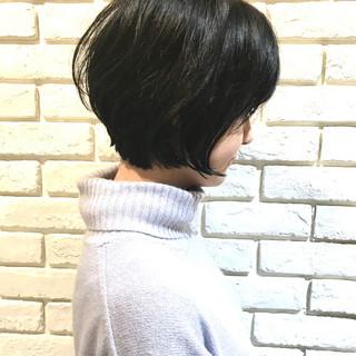 パーマ ナチュラル ゆるふわパーマ ショート ヘアスタイルや髪型の写真・画像