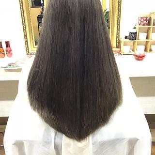ナチュラル ストレート ロング ヘアスタイルや髪型の写真・画像