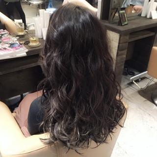 ストリート アッシュ 暗髪 ロング ヘアスタイルや髪型の写真・画像