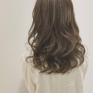 アンニュイ パーマ 外国人風 ロング ヘアスタイルや髪型の写真・画像