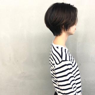 ショート 簡単スタイリング ショートヘア ナチュラル ヘアスタイルや髪型の写真・画像