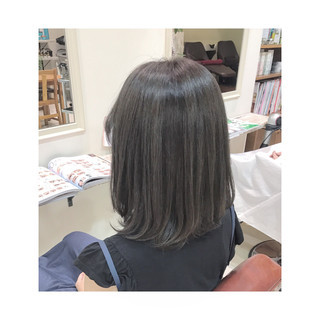ハイライト メッシュ アッシュグレー モード ヘアスタイルや髪型の写真・画像