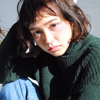 ストリート インナーカラー 色気 冬 ヘアスタイルや髪型の写真・画像