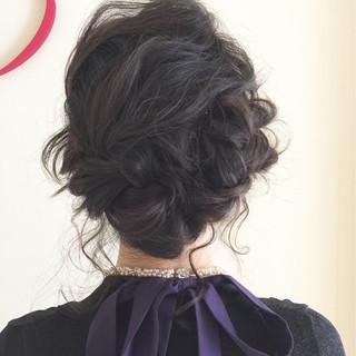 編み込み 波ウェーブ ミディアム ショート ヘアスタイルや髪型の写真・画像
