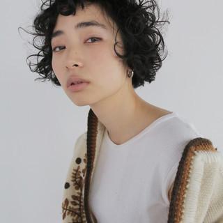 パーマ ナチュラル ウェットヘア 簡単 ヘアスタイルや髪型の写真・画像
