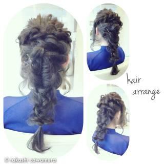 ロング ヘアアレンジ フィッシュボーン ストリート ヘアスタイルや髪型の写真・画像 ヘアスタイルや髪型の写真・画像