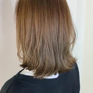 ナチュラル シアーベージュ 透明感カラー ブリーチなし ヘアスタイルや髪型の写真・画像