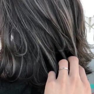 イルミナカラー ストリート ミディアム ハイライト ヘアスタイルや髪型の写真・画像