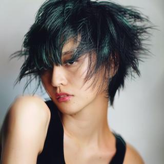PEEK-A-BOO ショート ハンサムショート モード ヘアスタイルや髪型の写真・画像