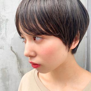 ショートヘア 丸みショート ナチュラル ショートボブ ヘアスタイルや髪型の写真・画像