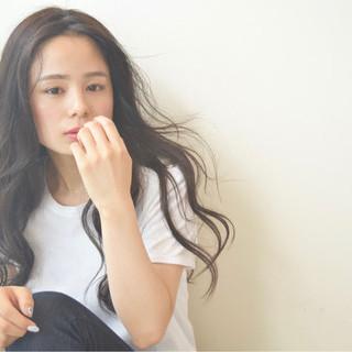 リラックス 秋 女子会 黒髪 ヘアスタイルや髪型の写真・画像