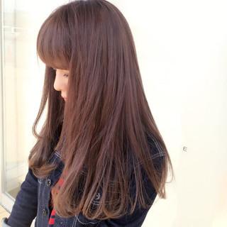 アッシュ ガーリー ワンカール 艶髪 ヘアスタイルや髪型の写真・画像