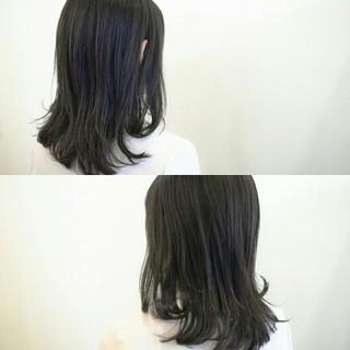 ふわふわ 前髪あり アッシュ ミディアム ヘアスタイルや髪型の写真・画像