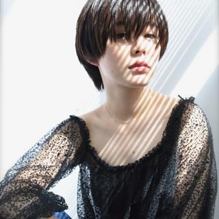 大人かわいい 暗髪 ナチュラル 外国人風 ヘアスタイルや髪型の写真・画像