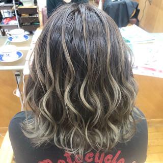 バレイヤージュ 外国人風カラー ボブ ブリーチ ヘアスタイルや髪型の写真・画像