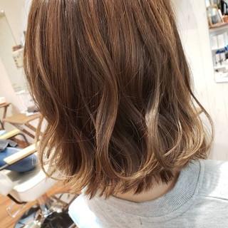 グレージュ ベージュ ヘアアレンジ ボブ ヘアスタイルや髪型の写真・画像 ヘアスタイルや髪型の写真・画像