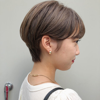 ベージュ ガーリー 外国人風カラー ショートボブ ヘアスタイルや髪型の写真・画像