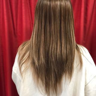 ガーリー ホワイトブリーチ イルミナカラー ロング ヘアスタイルや髪型の写真・画像
