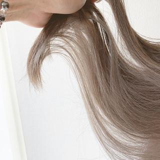 インナーカラー 透明感カラー ナチュラル インナーカラーグレージュ ヘアスタイルや髪型の写真・画像