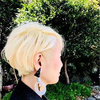 ショート ブリーチ 大人女子 モード ヘアスタイルや髪型の写真・画像
