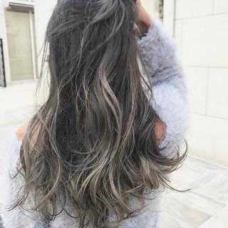 外国人風 ニュアンス グラデーションカラー ロング ヘアスタイルや髪型の写真・画像