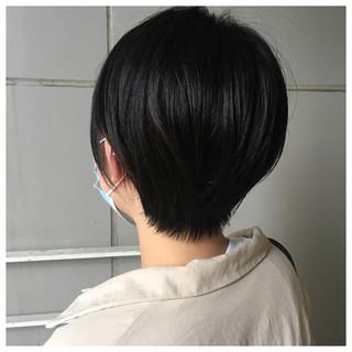マッシュショート ナチュラル ショートボブ 黒髪 ヘアスタイルや髪型の写真・画像