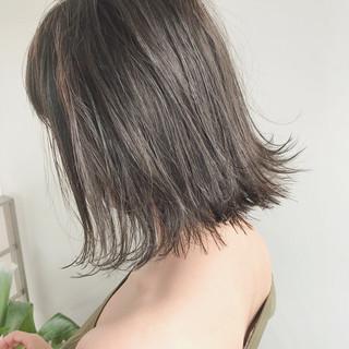 外ハネ 色気 ショートボブ 大人かわいい ヘアスタイルや髪型の写真・画像