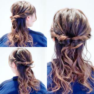 フェミニン ロング セルフアレンジ デート ヘアスタイルや髪型の写真・画像