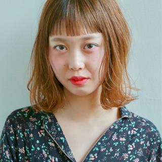 デート 前髪あり ハイライト パーマ ヘアスタイルや髪型の写真・画像