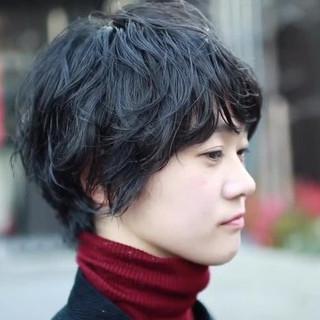 黒髪 パーマ アウトドア ヘアアレンジ ヘアスタイルや髪型の写真・画像