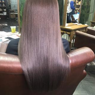 ナチュラル ロング トリートメント 艶髪 ヘアスタイルや髪型の写真・画像