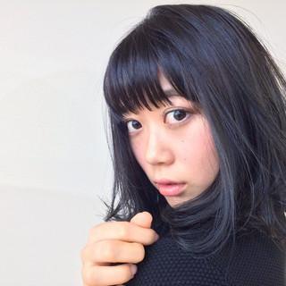 ミディアム 色気 暗髪 ナチュラル ヘアスタイルや髪型の写真・画像
