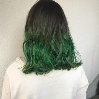 ストリート 外国人風カラー セミロング ブリーチ ヘアスタイルや髪型の写真・画像