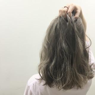 グラデーションカラー ミディアム ブラウン 外国人風 ヘアスタイルや髪型の写真・画像