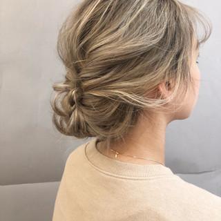 フェミニン ヘアアレンジ 成人式 結婚式 ヘアスタイルや髪型の写真・画像