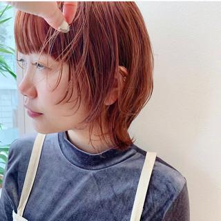 ウルフカット ナチュラル オレンジカラー ショート ヘアスタイルや髪型の写真・画像