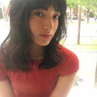 デート 外国人風 ミディアム ウェーブ ヘアスタイルや髪型の写真・画像