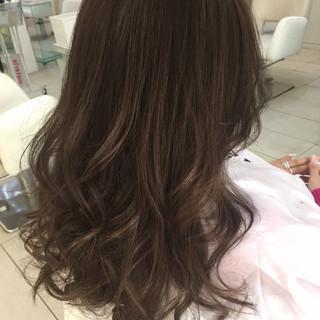 アッシュ コンサバ ロング ハイライト ヘアスタイルや髪型の写真・画像
