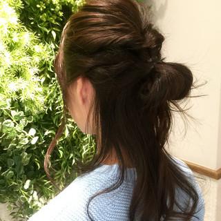 ショート フェミニン ヘアアレンジ 暗髪 ヘアスタイルや髪型の写真・画像