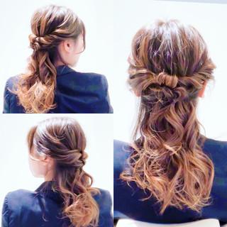 ロング 簡単ヘアアレンジ セルフヘアアレンジ ヘアアレンジ ヘアスタイルや髪型の写真・画像