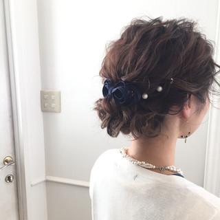 ヘアアレンジ ヘアアクセ セミロング フェミニン ヘアスタイルや髪型の写真・画像