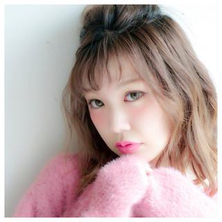 ミディアム フェミニン ハーフアップ 前髪あり ヘアスタイルや髪型の写真・画像