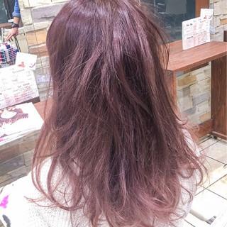 ダブルカラー ガーリー ピンク パープル ヘアスタイルや髪型の写真・画像