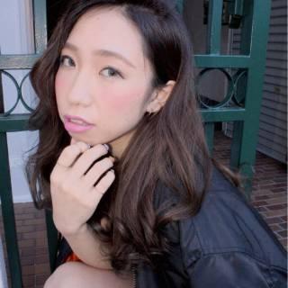 ガーリー モード ストリート ロング ヘアスタイルや髪型の写真・画像
