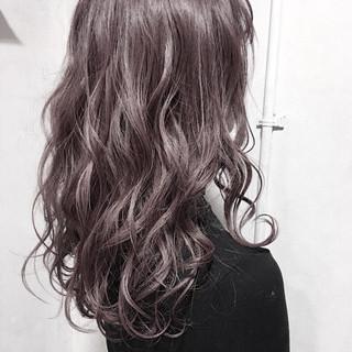 透け感 ラベンダーグレージュ ロング グレージュ ヘアスタイルや髪型の写真・画像
