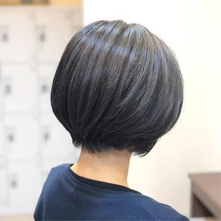 モテボブ 外国人風カラー ナチュラル 前下がりショート ヘアスタイルや髪型の写真・画像