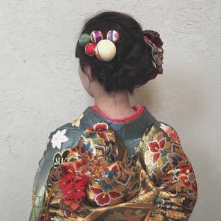 暗髪女子 編み込みヘア ガーリー 成人式 ヘアスタイルや髪型の写真・画像 ヘアスタイルや髪型の写真・画像